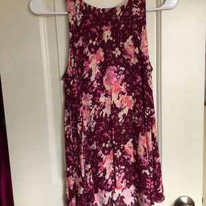 Old Navy Floral Sleeveless Blouse Size Small